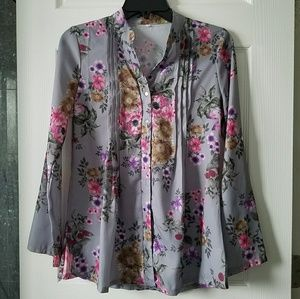 💛5/$20 SALE💛  Semi Sheer Floral Blouse
